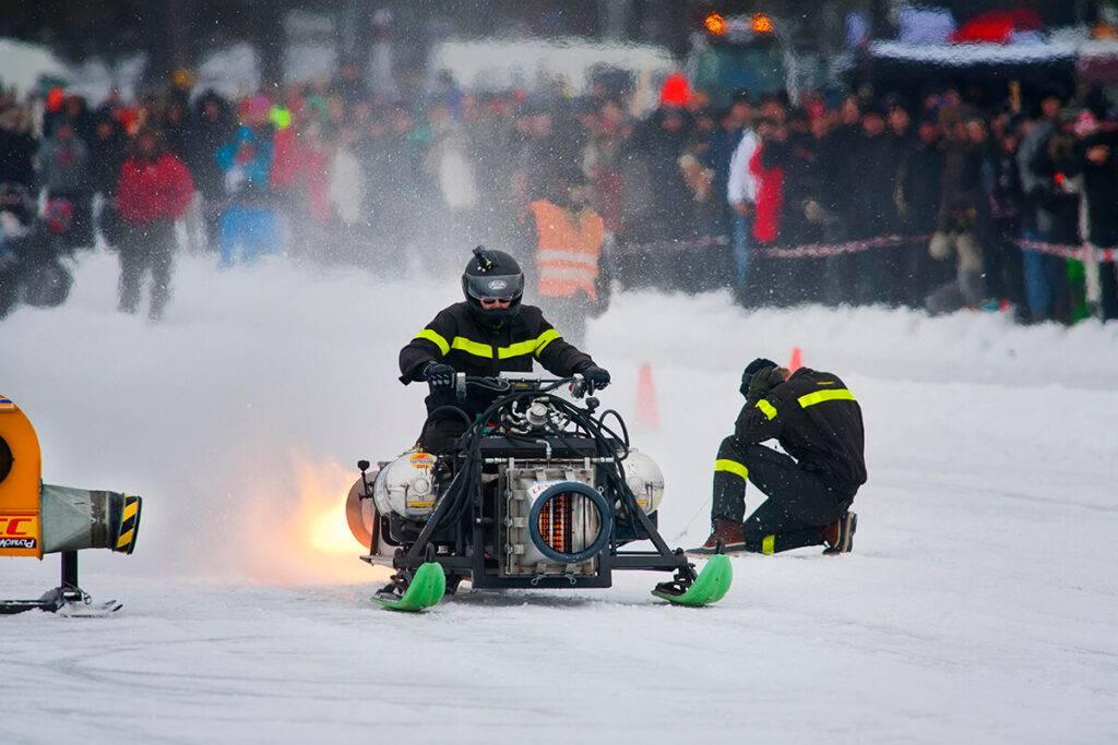 Dagens kungar är Svarthålet Racing från Åre som har den största jetmotorn med en diameter på 40 centimeter.  Foto Roger Schederin