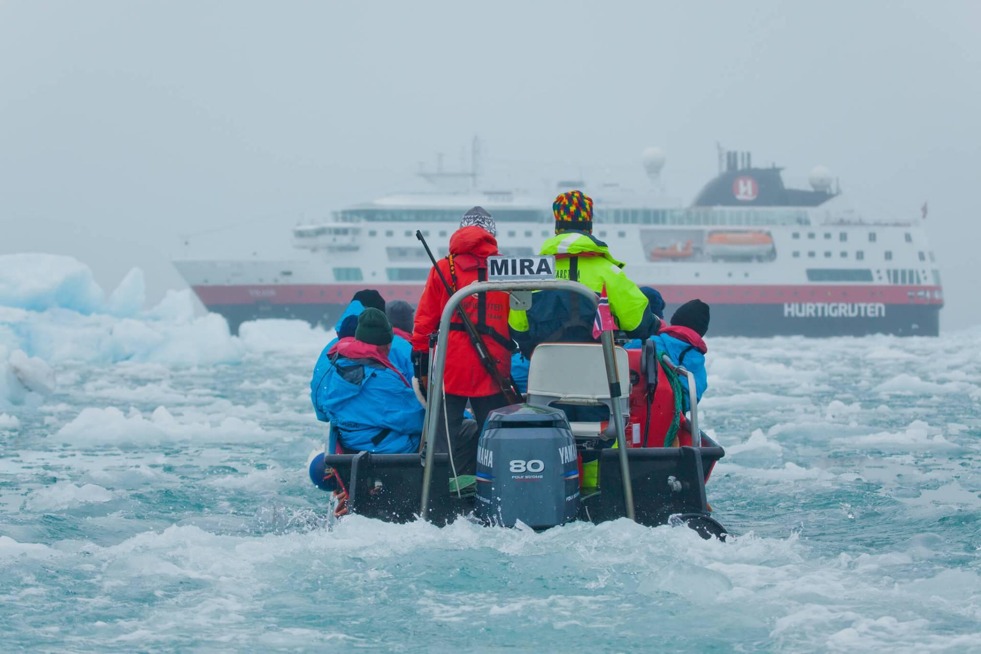 Tufft liv för Svalbards cowboys