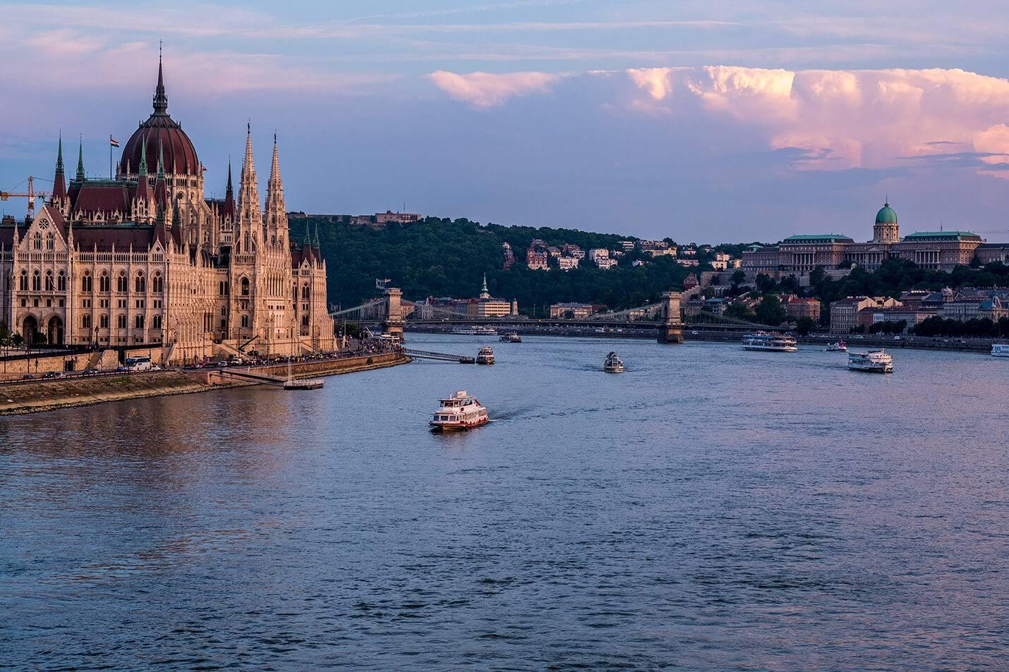 Budapest – Flanera I Raoul Wallenbergs Fotspår
