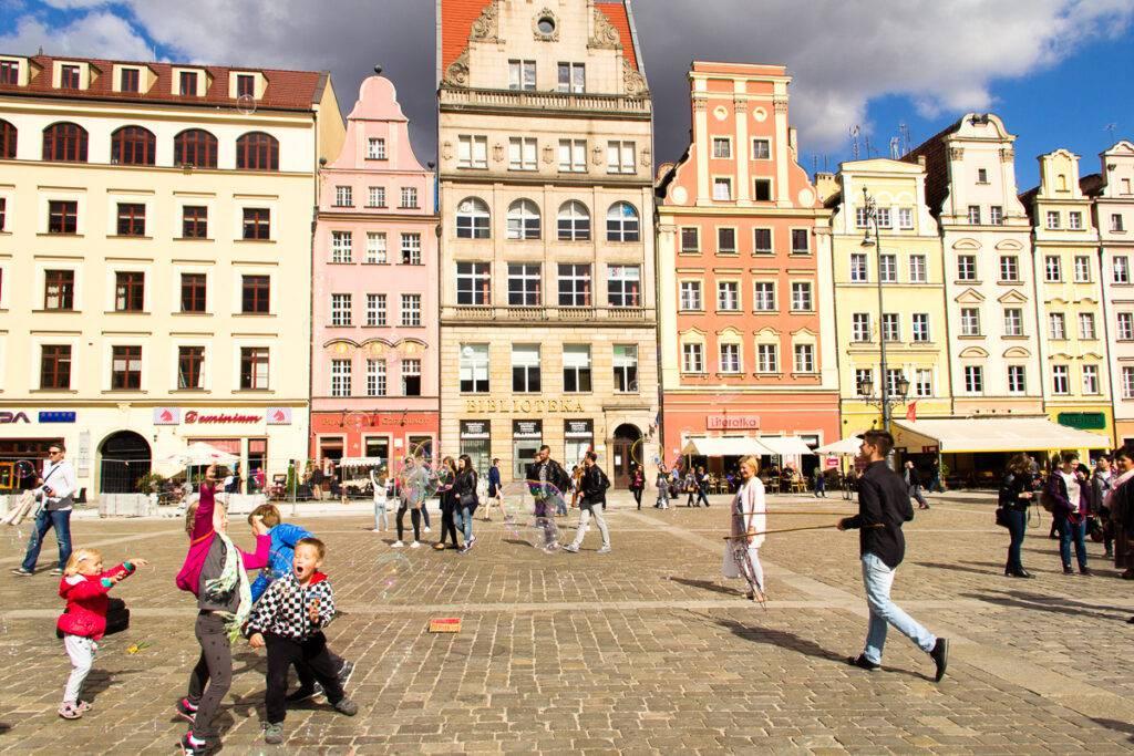 Torget Rynek i Wroclaw är aningen mindre än det i Krakow. Foto: ELISABET AXÅS