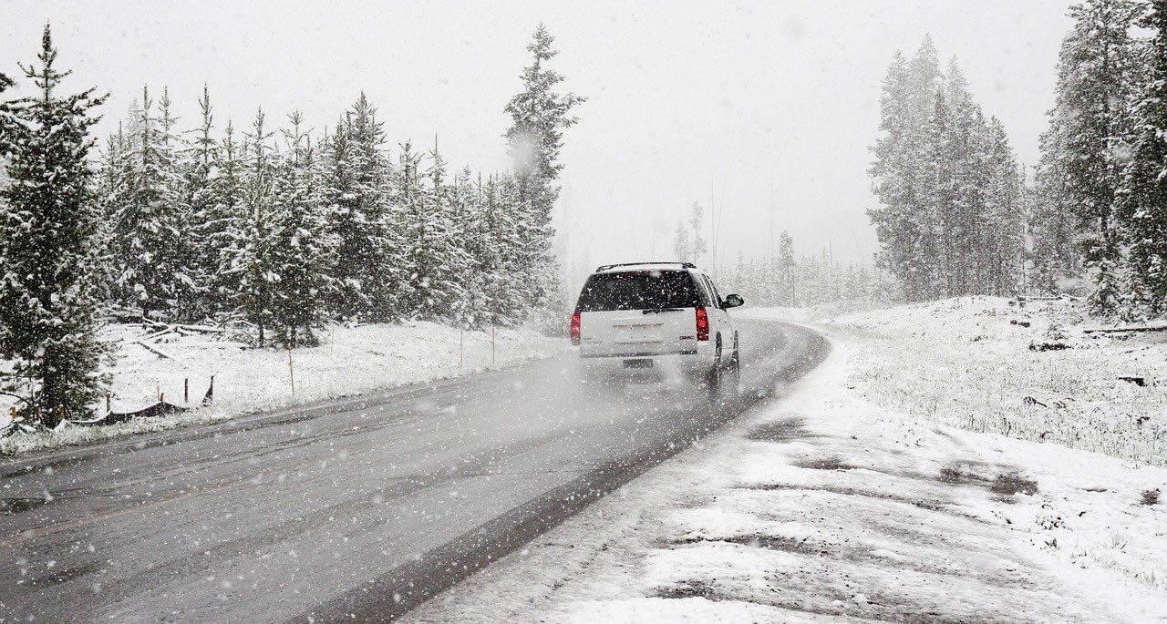 säker bilkörning i vinter