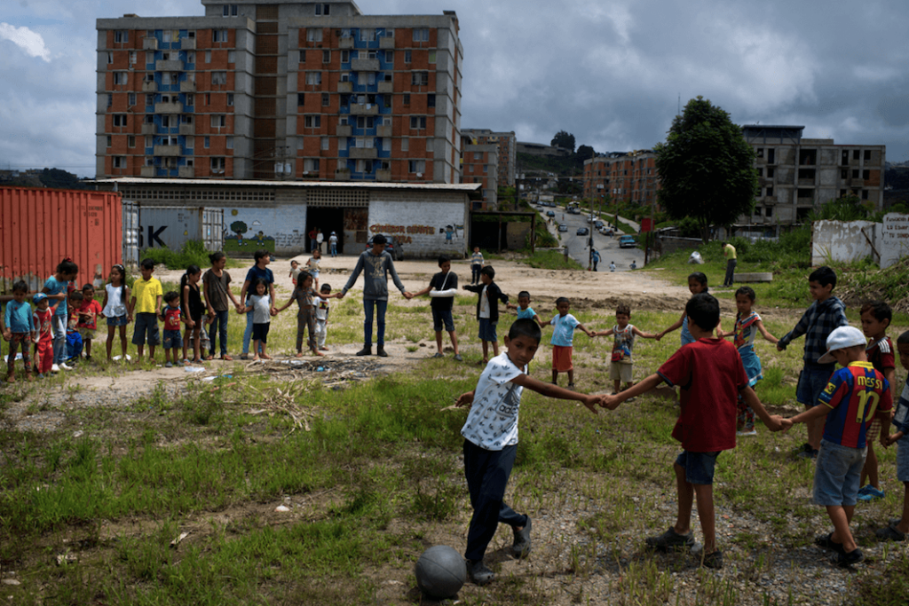 Fattiga barn i Venzuela