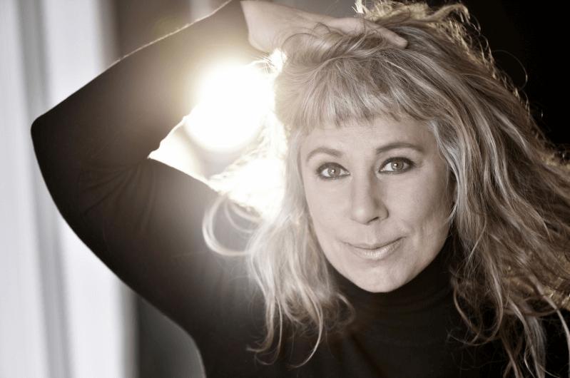 Läs intervjun till Stina Wollter