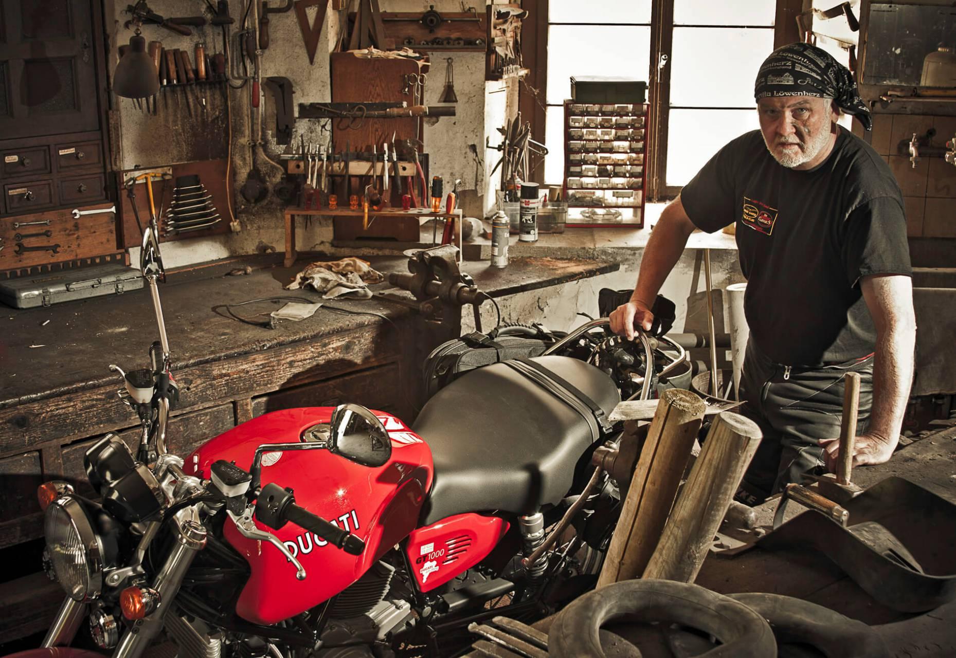 Journalisten Jan Leek älskar sin Ducati