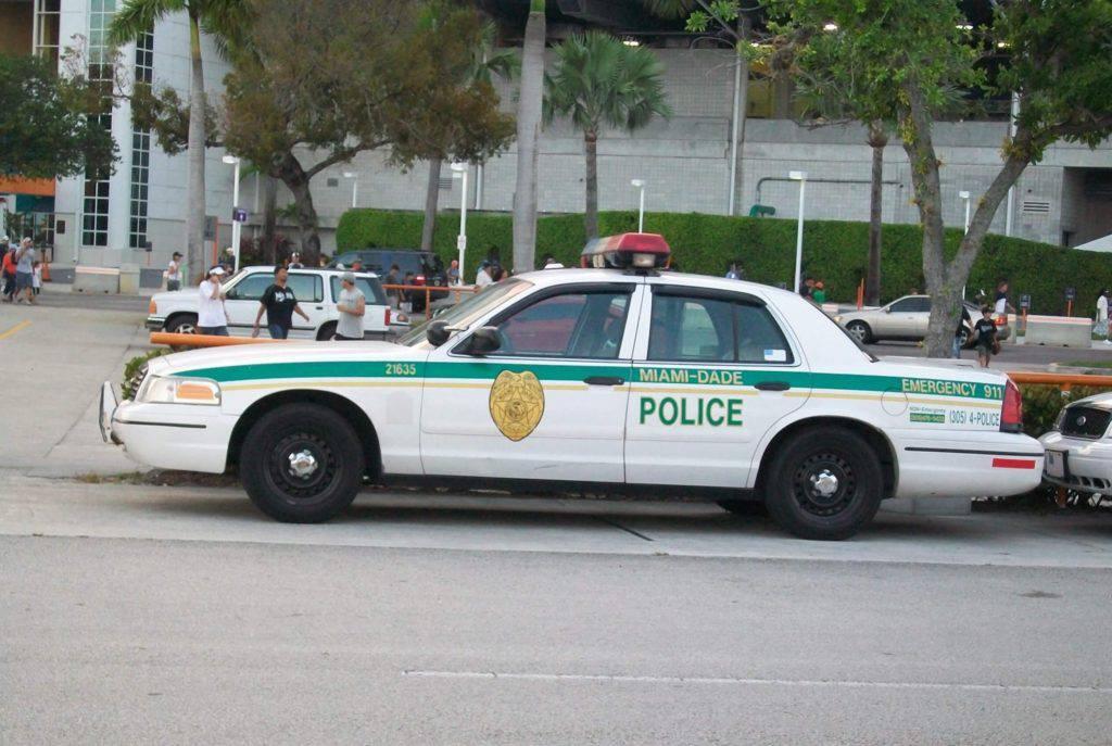 Bild på polisbil i Miami