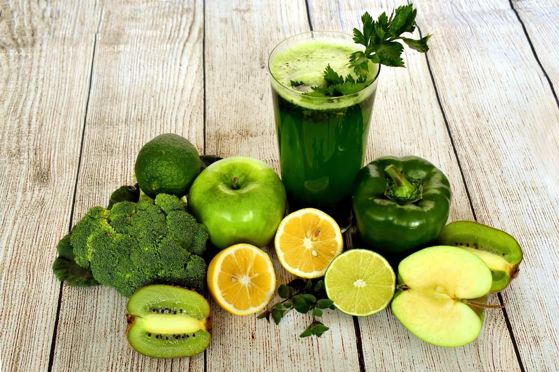 Råkost, grön smoothie