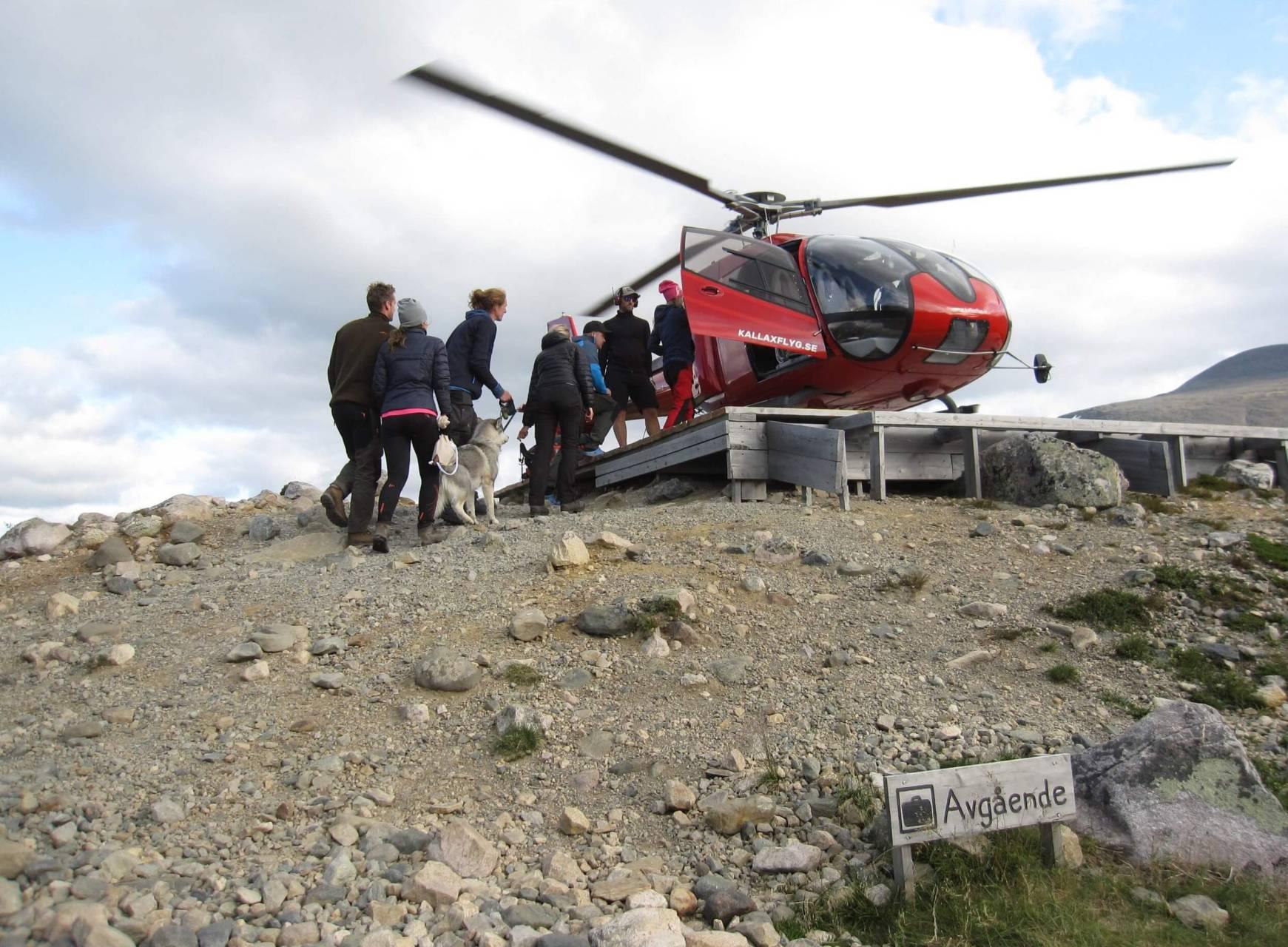 Kebnekaise Hårt Drabbat Av Klimatförändringar – ändå åker Många Turister Helikopter
